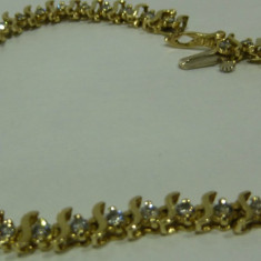 Bratara aur 14k cu diamante, 14 carate