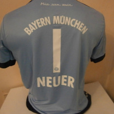 Set echipament fotbal - ECHIPAMENTE FOTBAL COPII BAYERN MUNCHEN NEUER 2015-2016 14-15ANI (176)