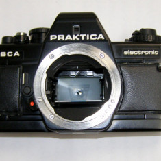 Praktica BCA body pentru piese sau reparat - Aparat Foto cu Film Praktica