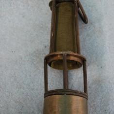 Veche lampa de birou facuta din lampa de miner veche din alama
