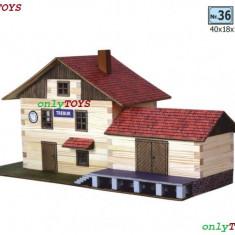 Jocuri Seturi constructie - Set casuta constructie din lemn Gara mare Statie de tren eco walachia train lego