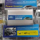 Invertor AUTO 12V-220V Putere 200 W