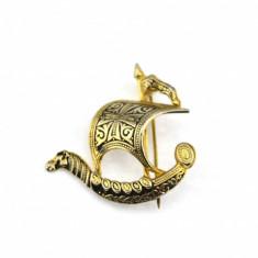 Brosa Aur Negru Toledo - Damasquinado, atelier spaniol, model arabesque corabie - Brosa placate cu aur