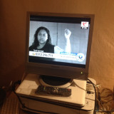 TV LCD 17 INCH SAMSUNG 741MP + TELECOMANDA NOUA SAMSUNG IN TIPLA CU MIC DEFECT