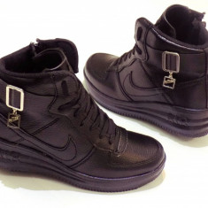 GHETE DAMA NIKE FORCE ONE SNEACKERS