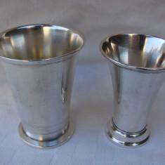 Doua pahare din alama argintate, perioada anilor 1930 - 1940