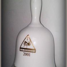 Clopotel portelan - RINGING IN THE NEW YEAR - 2001 - Arta Ceramica