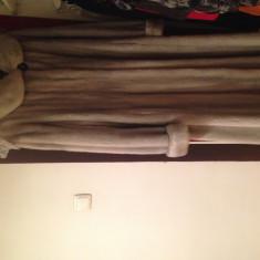 Palton dama - Vand haina de blana nurca