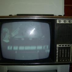 TELEVIZOR SPORT ROMANESC .SE VINDE CU PLATA AVANS LA BANCA, NU PLATA CU CARDUL ! - Televizor CRT