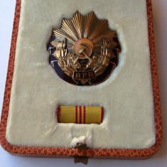 Ordinul Muncii cls III RPR, bareta, cutie, brevet in etui, Gheorghiu Dej **