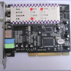Placă de extensie PCI (analog TV + FM)