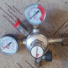 Reductor CO2 Micro Matic, Sisteme CO2