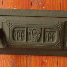Metal/Fonta - Usa mica pentru teracota - usa pentru jar - model vechi !!!