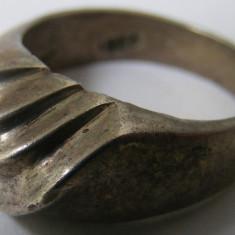 Inel vechi din argint (138) - de colectie