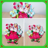 Aranjament floral in Body - Cadoul inspirat pentru un bebelus
