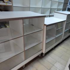 Raft/Etajera - Vand tejghele si rafturi pentru magazin mixt .