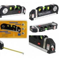 Nivela laser cu linii - Nivela multifunctionala cu raza laser si ruleta incorporata