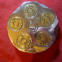 Catarama otel - imitatie incarcator de pistol cu gloante, d= 6, 8 cm - Curea Barbati, Marime: Marime universala, Culoare: Argintiu
