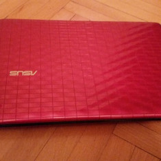 Laptop (notebook) Asus EEE PC 1008P, quad core 105 GHz, HDD 250 GB, roz, 10