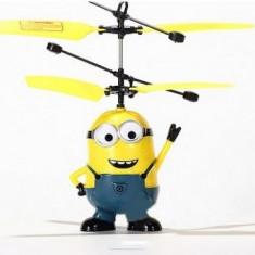 Jucarie Bob Minion Zburator cu senzor - Despicable Me 2015; Ea sau El, Garantie