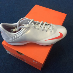Adidasi de fotbal Nike Mercurial - Ghete fotbal, Barbati