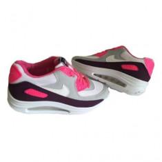 Nike Air Max Walkmaxx - Adidasi dama Nike, Marime: 36, 37, 38, 39, 40, 35, Culoare: Alb, Textil