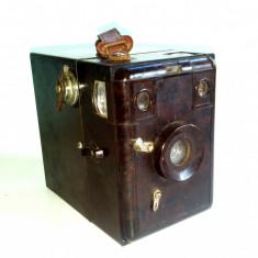 Aparat de Colectie - Aparat foto vechi din bachelita Marten Merit Box - Film-B2 6:9 Germania ~ 1933