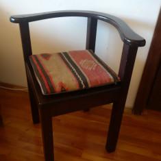 Scaun vechi, DE COLT - lemn de stejar - Mobilier