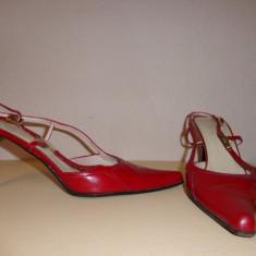 Pantofi piele lacuita GUCCI originali - Pantof dama Gucci, Marime: 39.5, Culoare: Din imagine, Piele naturala