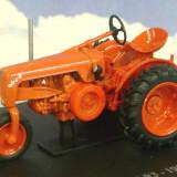 Macheta tractor OTO C 18 R3 scara 1:43 - Macheta auto