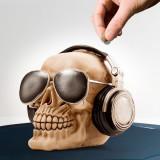 Puşculiţă Craniu cu Ochelari de Soare