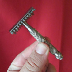 Metal/Fonta - Aparat vechi de barbierit de colectie, masina de barbierit vintage