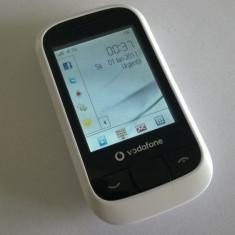 Vand Vodafone 455 - stare buna - slot de card - touch screen - blocat Vodafone - Telefon mobil Vodafone, Alb, Nu se aplica, Fara procesor