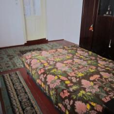 Casa de vanzare, Numar camere: 3, Suprafata: 150, Suprafata teren: 355 - Vand casa, garaj, spatiu comercial