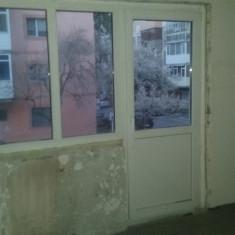Fereastra - 2 geamuri si usa din termopan Gealan