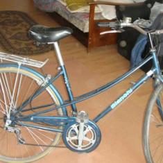 Bicicleta Dama Bergamont, 24 inch, 28 inch, Numar viteze: 8 - Bicicleta de dama adusa din Italia
