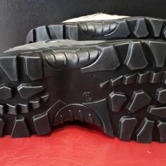 Bocanci barbati - Bocanci adidasi semighete Grisport pentru munte vânătoare sau alte activitati