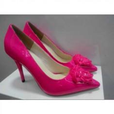 Pantofi stiletto VERSACE - PE STOC - Super Promotie!!! - Pantof dama Versace, Marime: 39, Culoare: Fuchsia, Piele naturala
