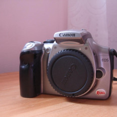 Dslr CANON 300D EOS Digital Rebel DS6041 defect + incarcator ds8101 + acumulator, Body (doar corp), Sub 8 Mpx