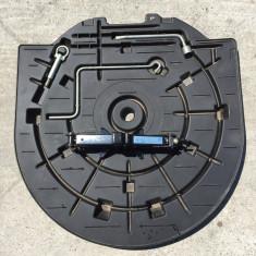 Trusa scule Mazda 3