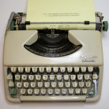 Masina de scris - Masina scris mecanica Olympia Spendid 33(116)