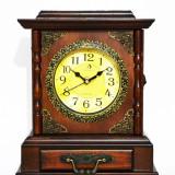 Ceas de masa din lemn cu suport de chei - Produs Nou