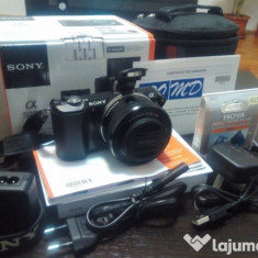 Camera foto mirrorless Sony Alpha a5000 (pachet!) + garantie - Aparat Foto Mirrorless Sony