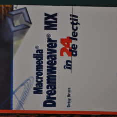 Macromedia Dreamwaver MX in 24 de lectii - Carte webdesign