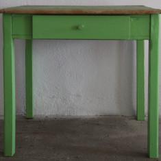 Masa Vintage de bucatarie; Masa din lemn masiv cu sertar - Mobilier