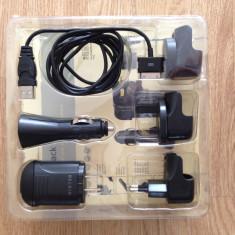 Vand KIT incarcare Belkin pentru iPhone / iPad / iPod - Incarcator telefon iPhone Belkin, iPhone 4/4S, De priza si masina