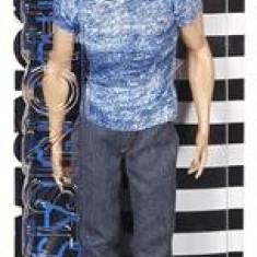 Papusa Mattel Barbie Fashionista Doll In Boy Ken