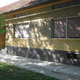 Casa in comuna Obreja str. Nucilor nr. 404